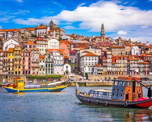Portói városlátogatás februárban repülőjeggyel, szállással