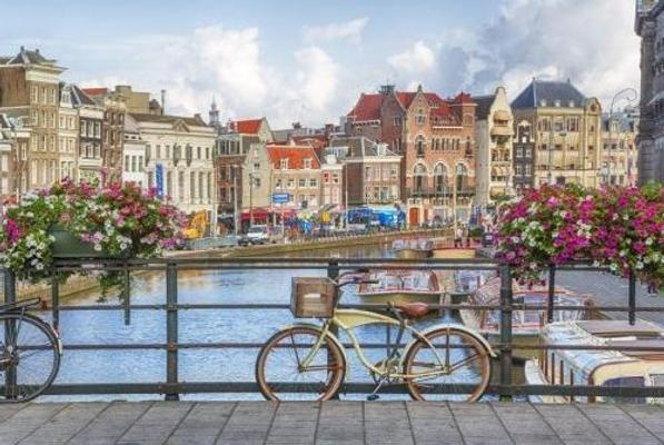 Amszterdam: utazás repülővel és szállás