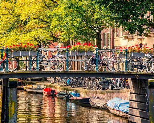 Combinado Bruselas - Amsterdam - Hamburgo en bus