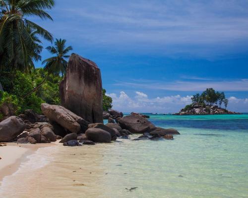 """Rundreise """"Namibias Norden"""" & Badeverlängerung auf den Seychellen"""