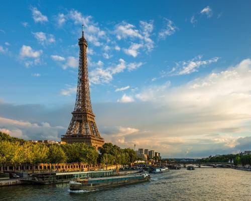 Hosszú hétvége Párizsban szállással, repjeggyel Debrecenből