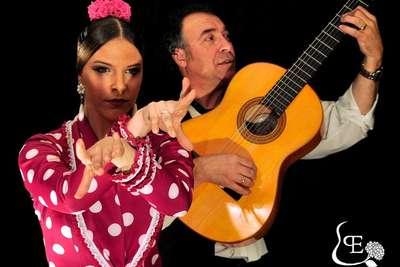 Entrada a una actuación de flamenco en Triana- Sevilla - Tablao Flamenco Pura Esencia