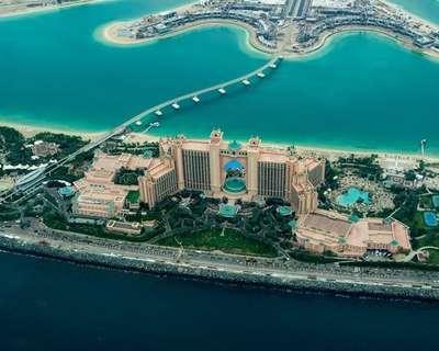 Traslado del aeropuerto Dubai Intl al Hotel Grand Millennium Dubai - ida