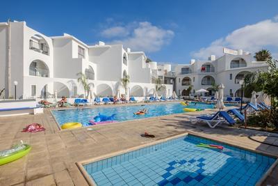 Ciprus, Páfosz: 4 csillagos hotel november 24-december 1.