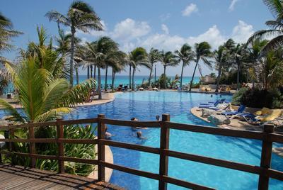 Gran Oasis Cancun All Inclusive - Puente de Muertos