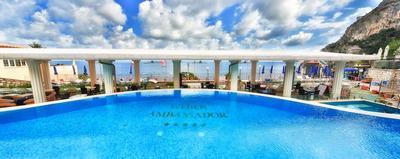 Capri - Hotel Weber Ambassador - Traghetto da Napoli + Auto inclusi