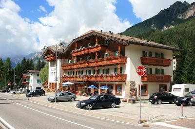 Canazei, Val di Fassa - Trentino - Hotel Rododendro - 3 notti