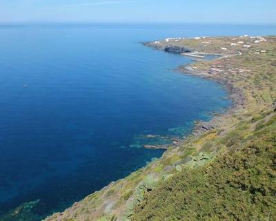 Pantelleria con escursione panoramica