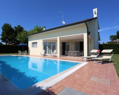 Isola di Albarella - Veneto - Villa con piscina per 4 persone - 7 notti