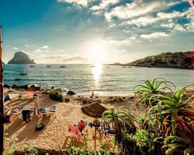 Ibiza utazás szállással, repülőjeggyel Bécsből
