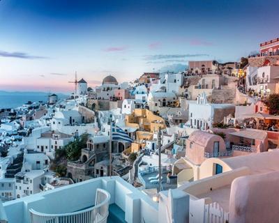 Santorini utazás ősszel szállással és repjeggyel Bécsből