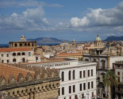 Szicília, Palermo: utazás repülővel és szállás