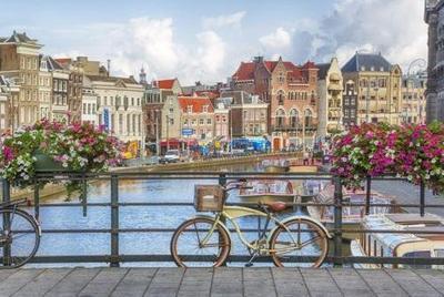 Amszterdam: utazás repülővel és szállás tavasszal