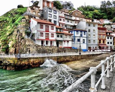 Asturias desde Mérida en Monovolumen desde su casa + 7 noches en MP Hotel 3***