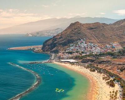 Vuelo directo de ida y vuelta a Tenerife