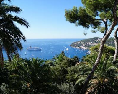 Den Frühling an der Côte d'Azur zum Karneval in Nizza erleben