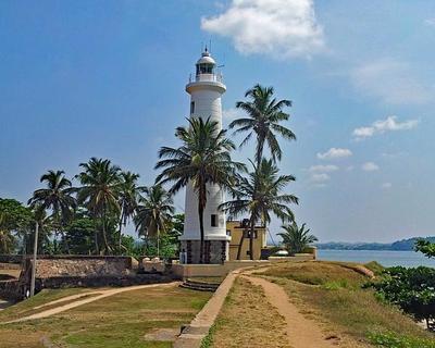 """Privatrundreise """"Best of Sri Lanka"""" & Baden auf den Malediven"""