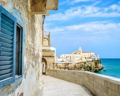 5 éj Bari, Puglia szállással, reggelivel, repjeggyel