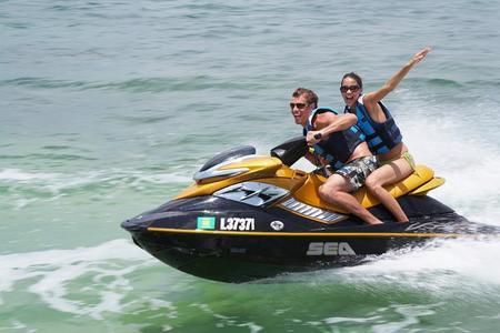 Jetski-ervaring met gids in de baai van San Antonio op Ibiza