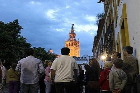 Recorrido a pie por el hechizo de Sevilla en español