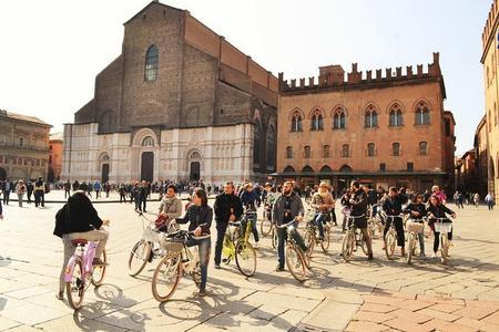 Tour in bici di 2 ore della Bologna storica