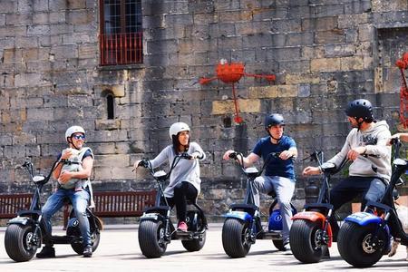Visite Hondarribia en vehículos 100% ecologicos