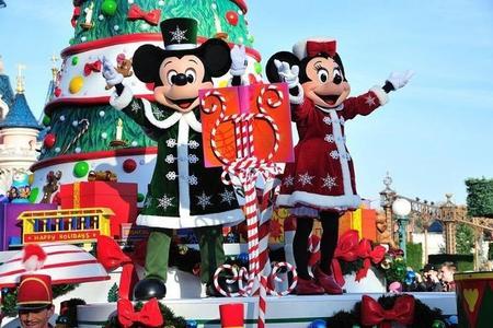 Boleto Disneyland® Paris: 1 día / 2 parques + traslado incluido