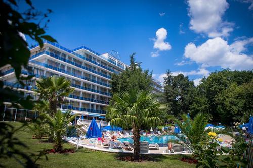 """Park Hotel """"Perla"""","""