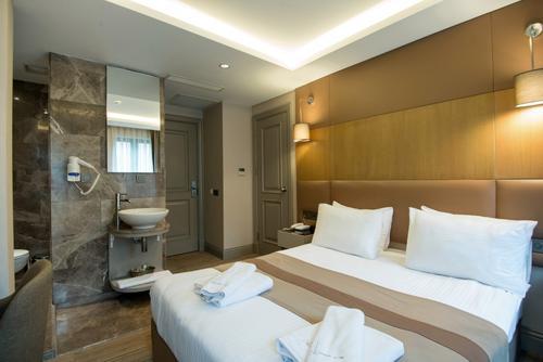 Gk Regency Suites,