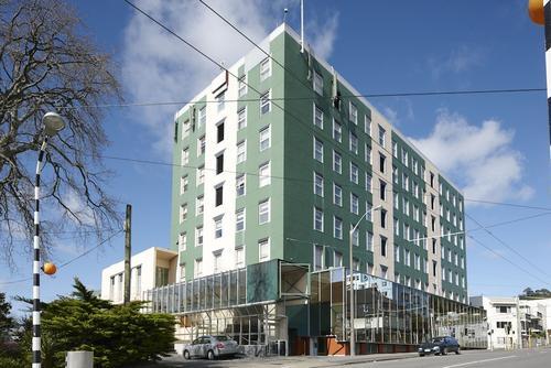 Willis Wellington Hotel, Featured Image