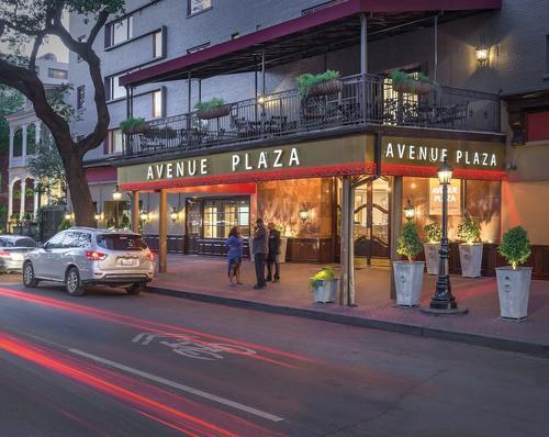 Club Wyndham Avenue Plaza, Featured Image