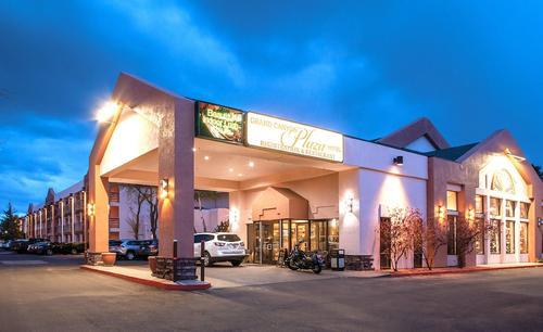 Grand Canyon Plaza Hotel, Imagen destacada