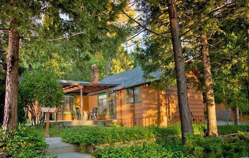 The Pines Resort, Imagen destacada