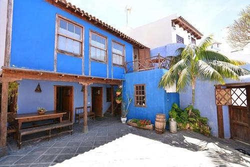 El Atajo, Featured Image