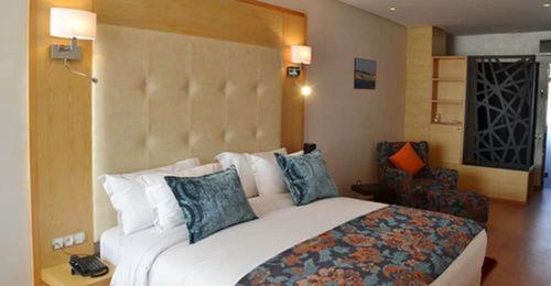 Le 135 Hôtel, Featured Image