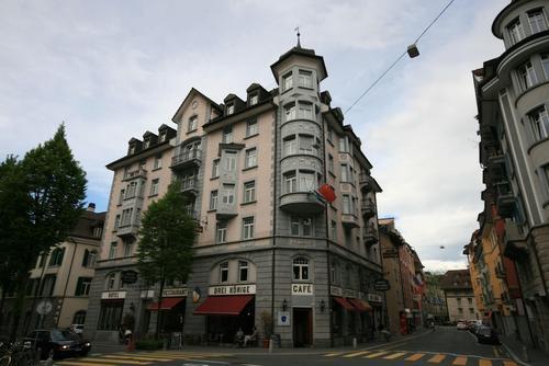 Hotel Drei Könige, Featured Image