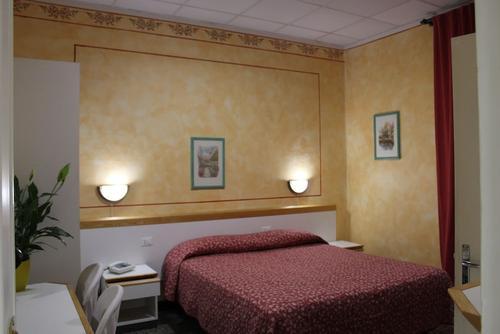Hotel Agnello D'Oro, Featured Image