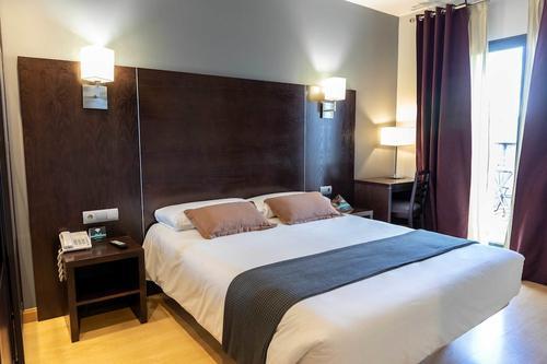 Hotel  Alda Cardeña, Featured Image