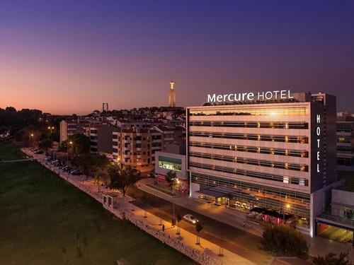 Mercure Lisboa Almada, Featured Image