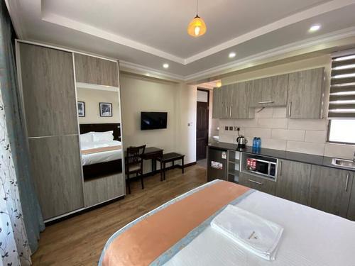 Hemak Suites, Featured Image