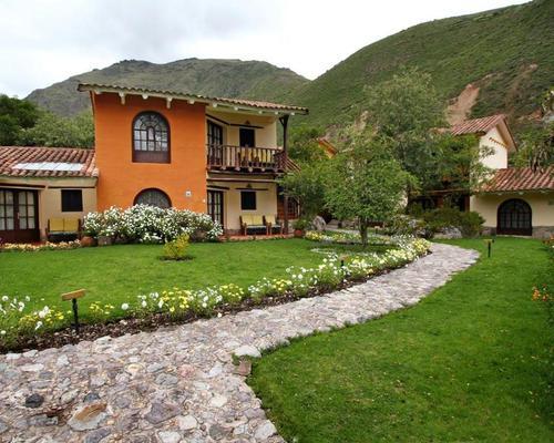 Hacienda del Valle  ,